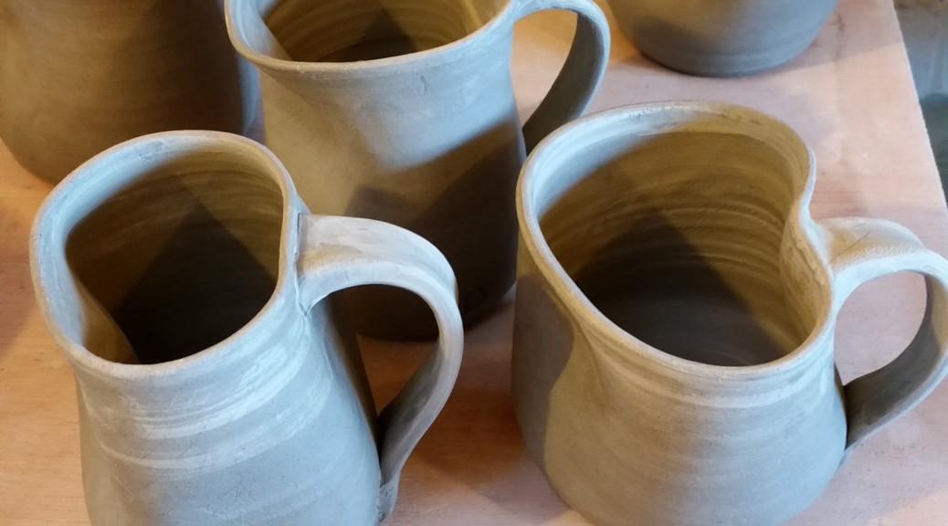 hold me mugs